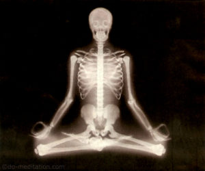 white-skeleton-meditation